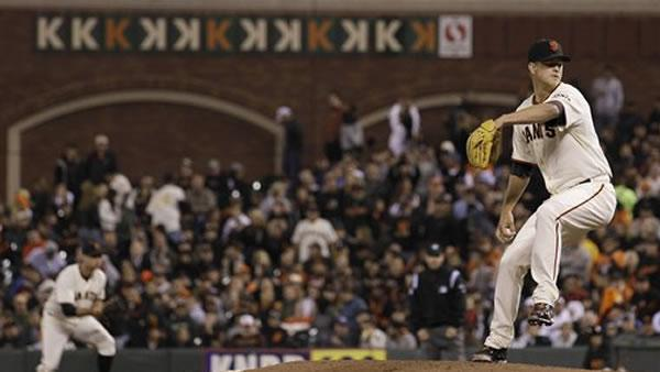 Giants pitcher Matt Cain pitches perfect game