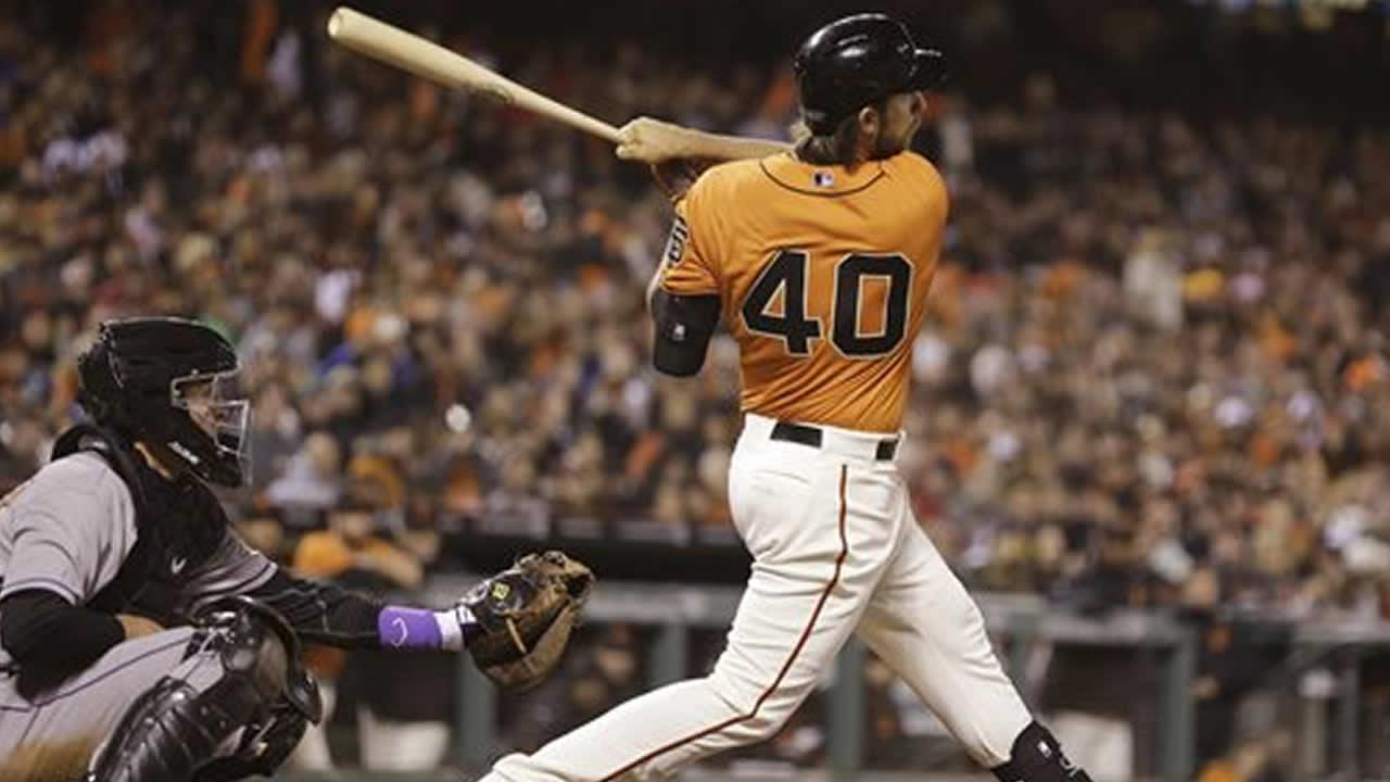 San Francisco Giants Madison Bumgarner hits a grand slam