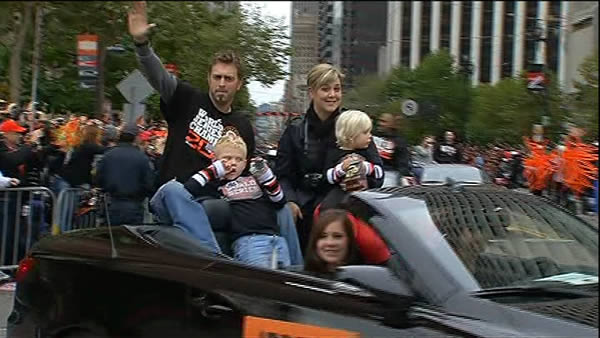 Jeremy Affeldt celebrates at the SF Giants World Series parade