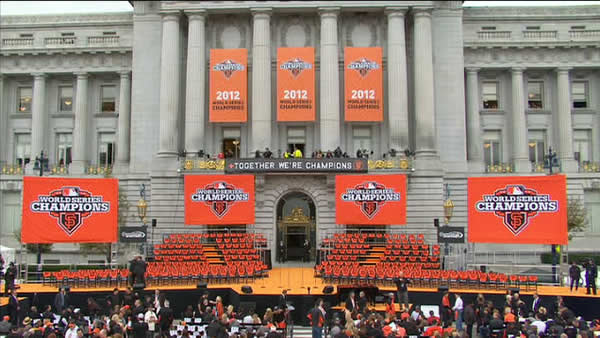 SF Giants World Series Civic Center Plaza celebration <span class=meta>(KGO)</span>