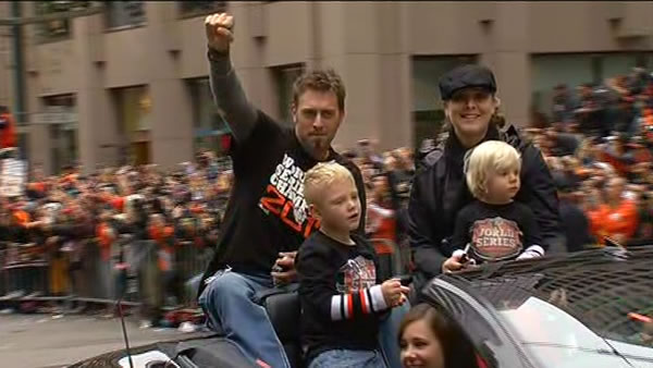 Jeremy Affeldt celebrating at the SF Giants World Series parade <span class=meta>(KGO)</span>