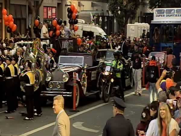 Floats and cars get ready to celebrate the Giants World Series Victory by lining for for the victory parade in downtown&#39;s Market Street.  <span class=meta>(Photo by KGO)</span>