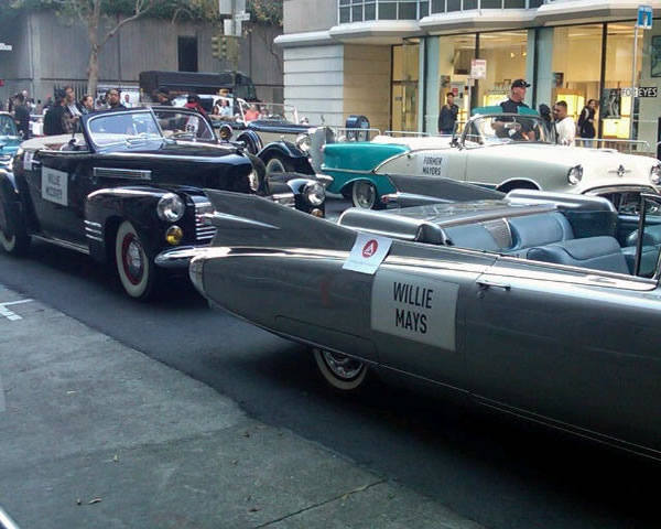 Some of the cars and floats line up and get ready for the Giants victory parade.  <span class=meta>(&#40;Photo submitted by Janelle Wang via Twitpic&#41;)</span>