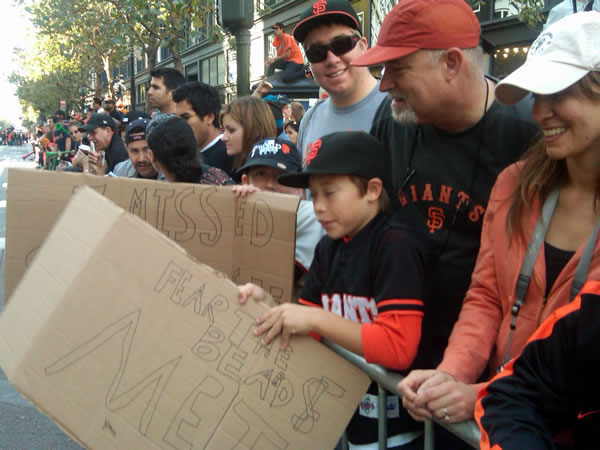 "<div class=""meta ""><span class=""caption-text "">Fans line up downtown SF and prepare to celebrate the World Series win at the victory parade. (Photo submitted by Lyanne Melendez)</span></div>"
