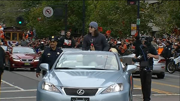 Tim Lincecum celebrating at the SF Giants World Series parade