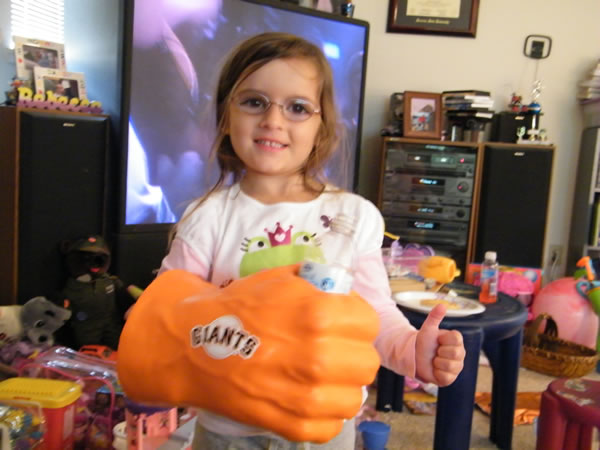 4-year-old Rebecca of Petaluma shows her Giants pride. Send us your Giants fan photos to uReport@kgo-tv.com or upload them to uReport.abc7news.com. <span class=meta>(uReport)</span>