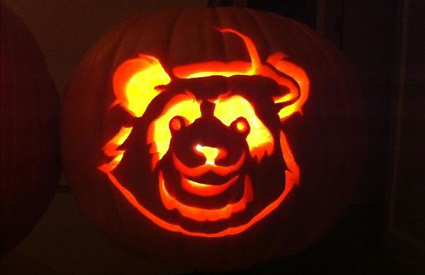 Here is a picture of a Halloween pumpkin looking more like Pablo 'Panda' Sandoval.  (Photo submitted by uReport)