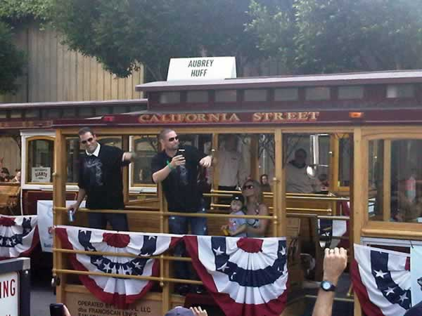 Pat Burrell and Aubrey Huff of the San Francisco Giants.  &#40;Photo submitted by Lilian Pena via uReport&#41;  <span class=meta>(KGO)</span>