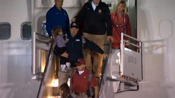 49ers arrive in New Orleans for Super Bowl