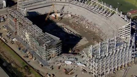 New 49ers stadium in Santa Clara under construction