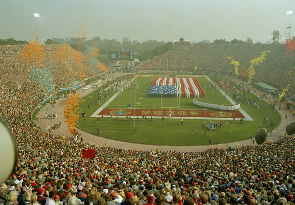 SUPER BOWL XIX STANFORD STADIUM: A view from the top of Stanford, Stadium, Palo Alto, Calif, during SuperBowl XIX between the SanFrancisco 49ers and the Miami Dolphins, Jan. 20, 1985. <span class=meta>(AP Photo)</span>