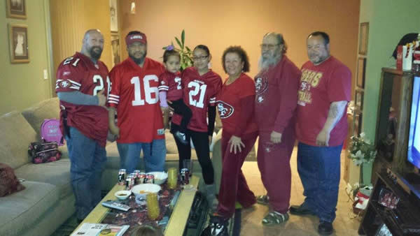 "<div class=""meta image-caption""><div class=""origin-logo origin-image ""><span></span></div><span class=""caption-text"">No shortage of 49er pride here in the Bay Area!  Keep sending your photos to uReport@kgo-tv.com and we may show them off on air! (KGO Photo/ photo submitted via Facebook)</span></div>"