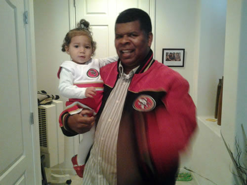"<div class=""meta ""><span class=""caption-text ""> Photo submitted via uReport. Are you a 49ers fan? Send us a photo or video of your 49ers spirit to uReport@kgo-tv.com and we'll post it here: http://bit.ly/WxySUx.  (KGO Photo)</span></div>"