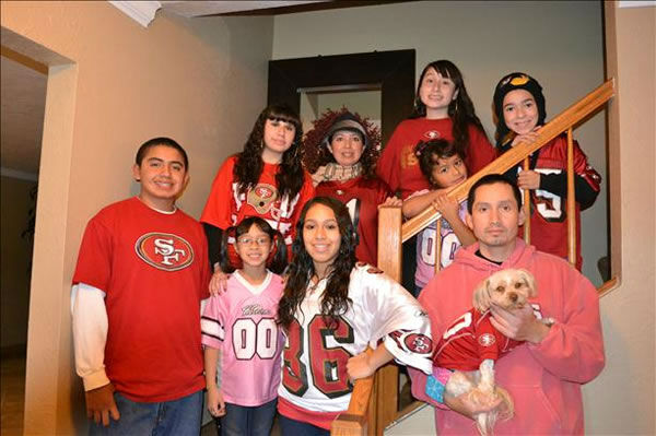49ers GOOOOOOOOOOOOO allllll the waaaaaaay  <span class=meta>(Submitted by katiasdaycare via uReport)</span>