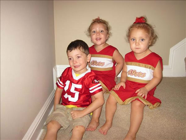 Go niners from the McCall Family  <span class=meta>(Submitted via uReport)</span>