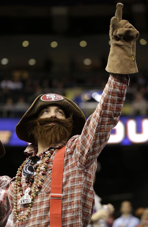 "<div class=""meta ""><span class=""caption-text "">San Francisco 49ers fan Gibran Farrah, of San Francisco, cheers before the NFL Super Bowl XLVII football game between the 49ers and the Baltimore Ravens, Sunday, Feb. 3, 2013, in New Orleans. (AP Photo/Mark Humphrey)</span></div>"