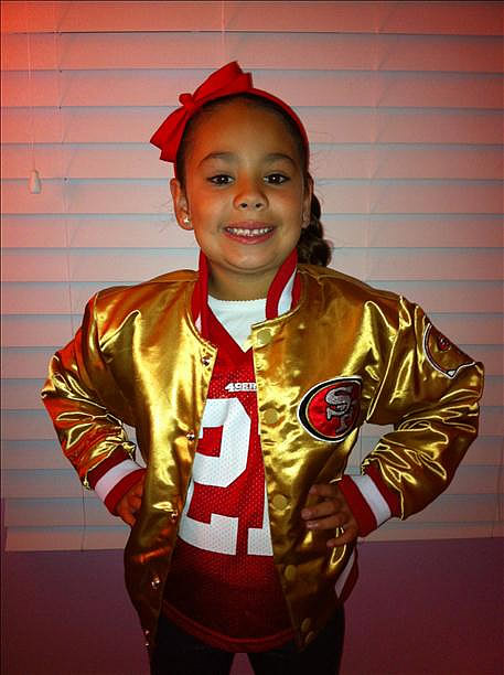 "<div class=""meta image-caption""><div class=""origin-logo origin-image ""><span></span></div><span class=""caption-text"">Submitted via uReport.  Are you a 49ers fan? Send us a photo or video of your 49ers spirit to uReport@kgo-tv.com and we'll post it here: http://bit.ly/WxySUx. </span></div>"