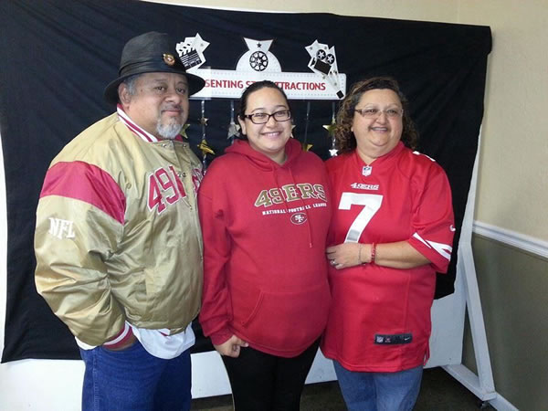 "<div class=""meta ""><span class=""caption-text ""> Thanks for showing off your Niner pride! Keep emailing your photos to uReport@kgo-tv.com and we might share them on TV! (Photo submitted via Facebook)</span></div>"