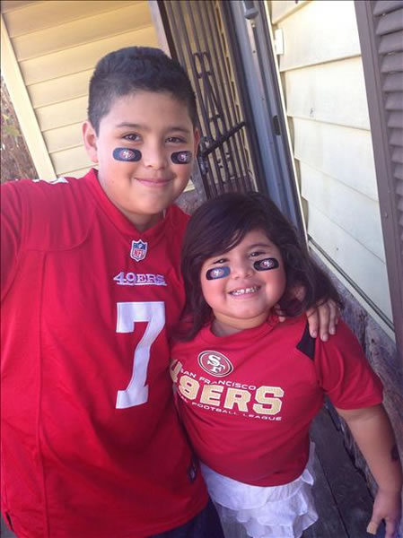 The Bay Area has a lot of love for the 49ers!  Keep emailing your best photos to uReport@kgo-tv.com! <span class=meta>(KGO Photo&#47; photo submitted via uReport)</span>