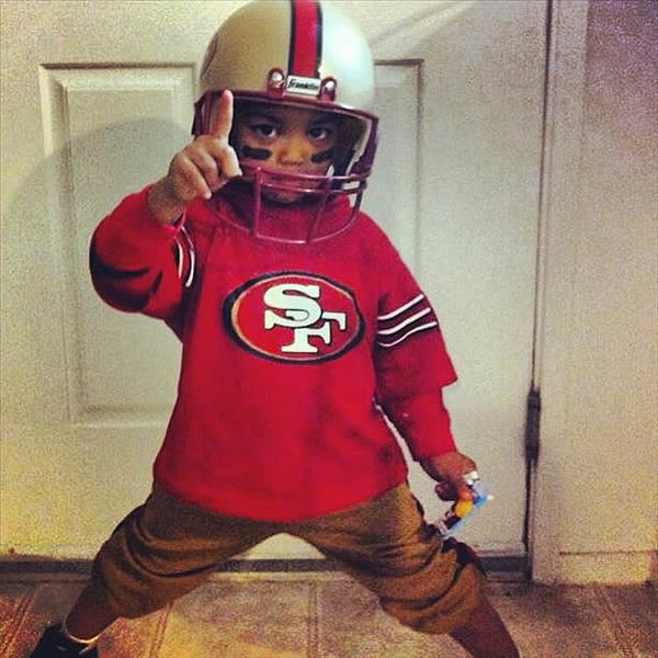 "<div class=""meta ""><span class=""caption-text "">Photo submitted via uReport Are you a 49ers fan? Send us a photo or video of your 49ers spirit to uReport@kgo-tv.com and we'll post it here: http://bit.ly/WxySUx.</span></div>"