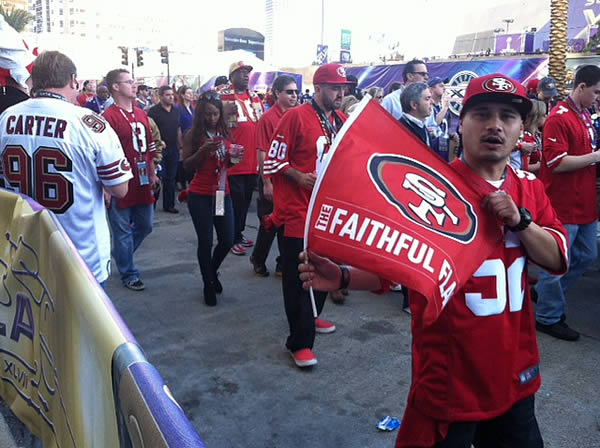 49ers fans hanging out at the Super Bowl!