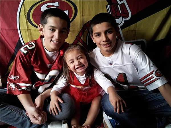 Submitted by Rael family via uReport.  Are you a 49ers fan? Send us a photo or video of your 49ers spirit to uReport@kgo-tv.com and we'll post it here: http://bit.ly/WxySUx.