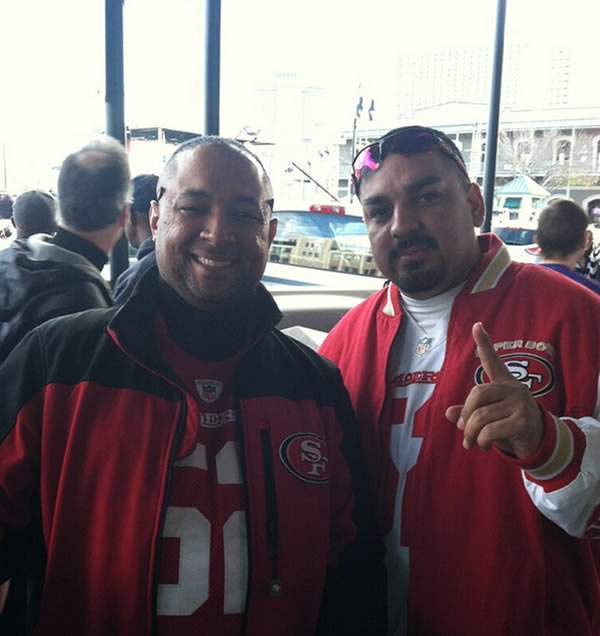 @LarryBeilABC7 finds 49ers fans in the French Quarter!
