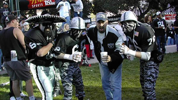 "<div class=""meta ""><span class=""caption-text "">Photo submitted by DJ Ray via uReport  (Are you a Raiders fan? Send us a photo or video of your Raiders spirit to uReport@kgo-tv.com and we'll post it here: http://bit.ly/WxySUx.)</span></div>"