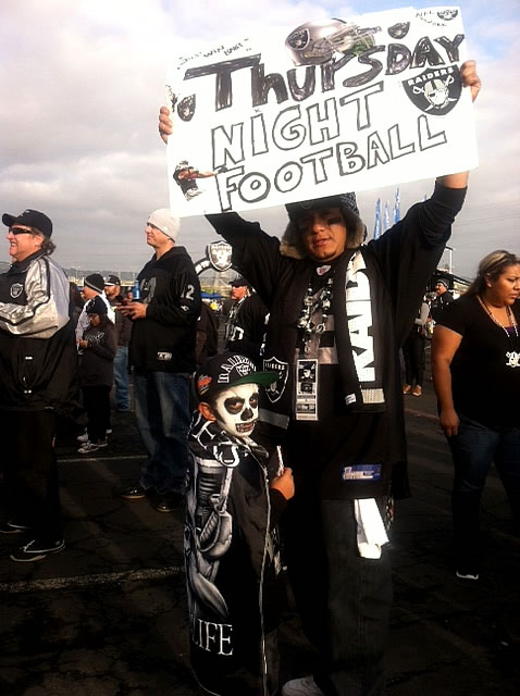 "<div class=""meta ""><span class=""caption-text "">ABC7 News Photo (Are you a Raiders fan? Send us a photo or video of your Raiders spirit to uReport@kgo-tv.com and we'll post it here: http://bit.ly/WxySUx.) </span></div>"