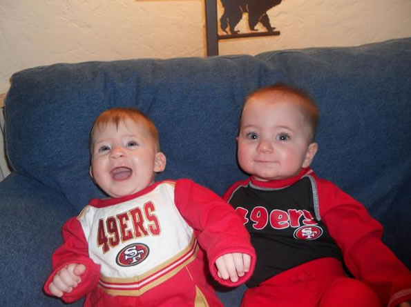 "<div class=""meta ""><span class=""caption-text "">The 49er Twins! JC and JP are 49er fans and ready for the game! (Photo submitted by Pims via uReport)</span></div>"