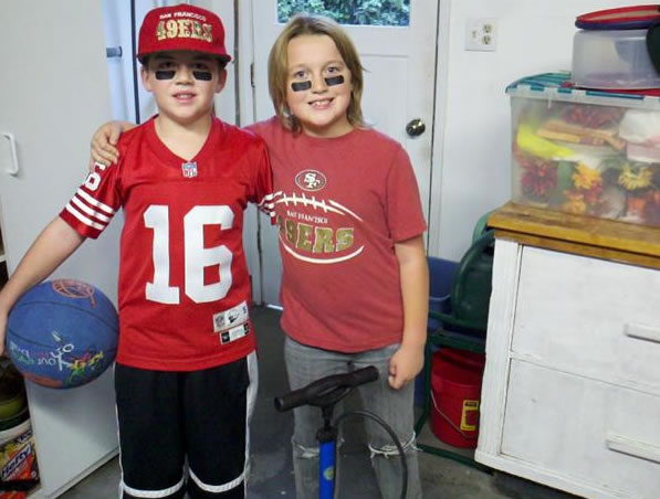 Luke and Cooper are cousins and big 49er fans. (Photo submitted by Lyndee from Concord via uReport)