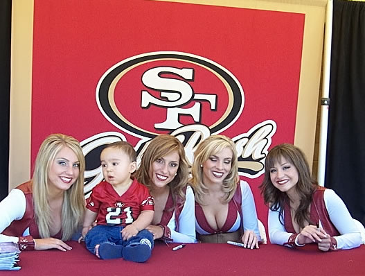 "<div class=""meta ""><span class=""caption-text "">A little 49er fan with the Gold Rush Girls! (Photo submitted via uReport)</span></div>"