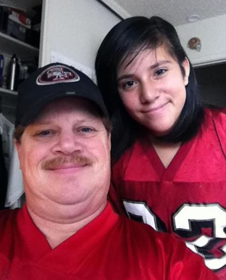 "<div class=""meta ""><span class=""caption-text "">Fan pic :)  Father and daughter. (Photo submitted via uReport)</span></div>"