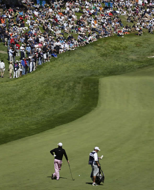 Graeme McDowell, of Northern Ireland, waits to hit on the 18th hole during the second round of the U.S. Open Championship golf tournament Friday, June 15, 2012, at The Olympic Club in San Francisco. (AP Photo/Eric Gay)