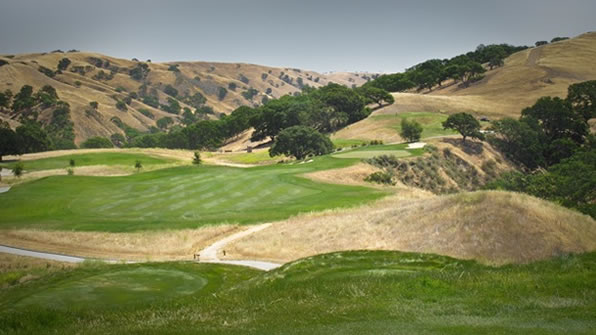 The par-4, 10th at Wente Vineyards. Not the toughest hole here, but definitely the most memorable. <span class=meta>(ABC7&#39;s Wayne Freedman)</span>
