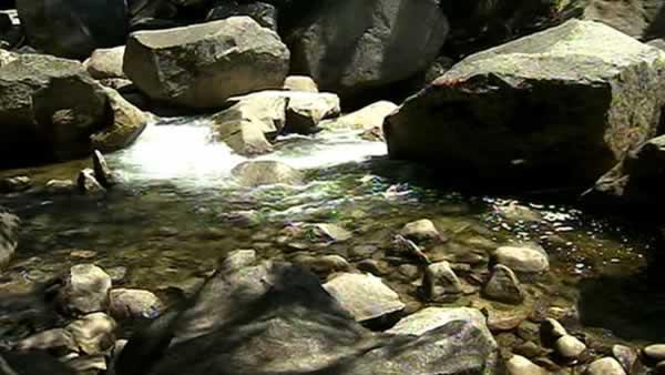 Yosemite search continues for boy presumed drowned