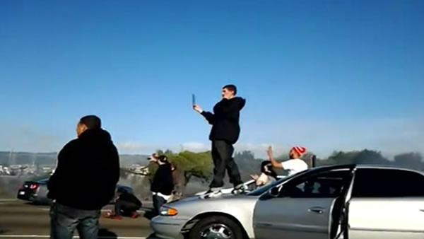 Eyewitness describes sideshow stunts on I-880