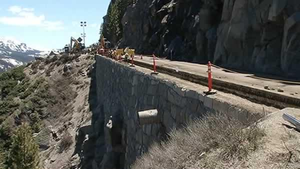 Highway 50 closed for Echo Summit road work