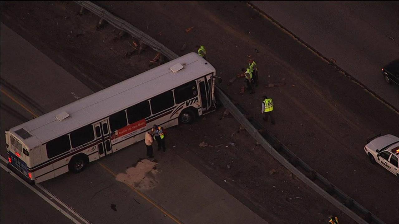 A crash involving a VTA  bus and a truck has left multiple people injured and is blocking two lanes on  southbound Interstate 680.