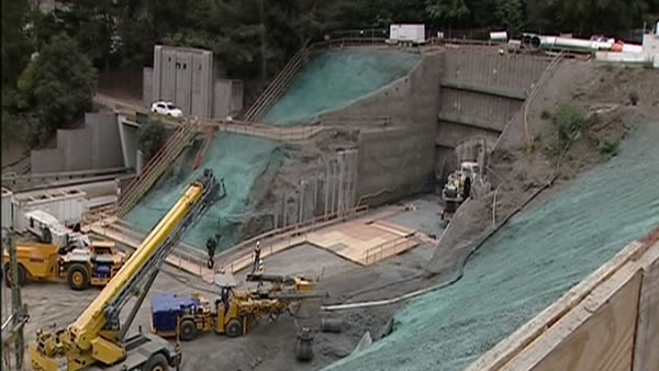 Drilling begins on fourth bore of Caldecott Tunnel project <span class=meta>(KGO)</span>