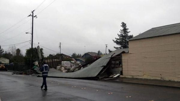 Wind burst tears off tin roof in Santa Rosa