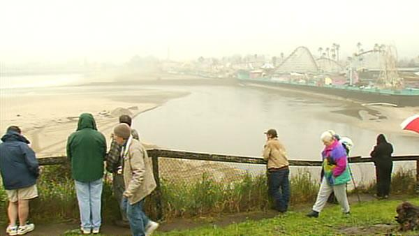 Swollen river threatening Santa Cruz Boardwalk