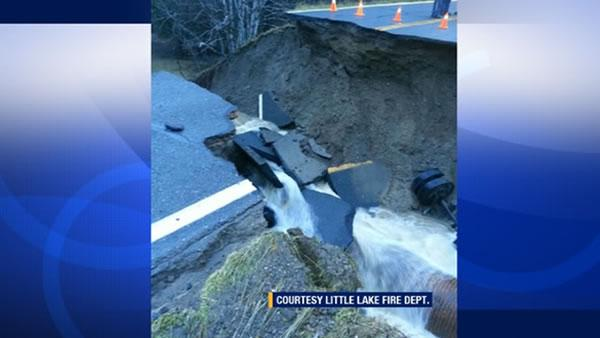 Massive 20-by-25 foot sinkhole opens up on Highway 162 in Mendocino County.