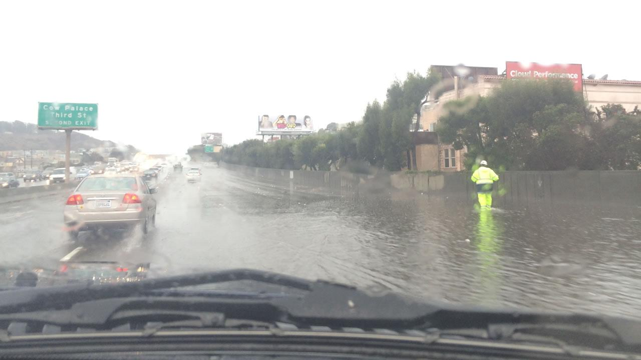 Flooding on southbound Highway 101, November 20, 2013. (Submitted by Justin/@shamieh via uReport@kgo-tv.com)