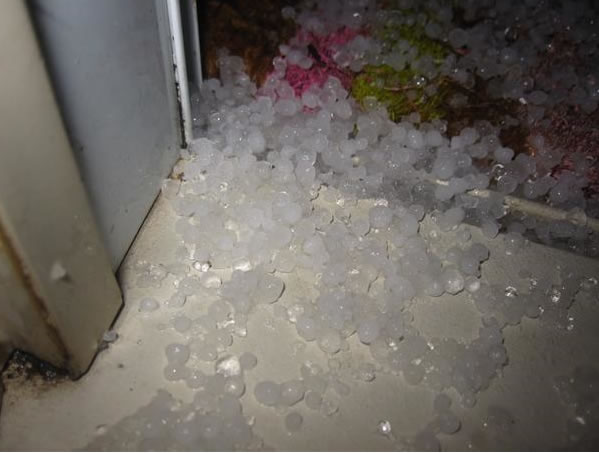Hailstorm in El Cerrito. (Photo submitted via uReport)