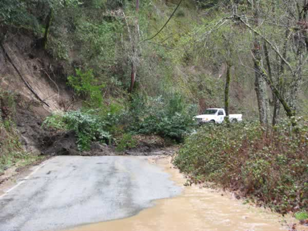 Mudslide blocks Stevens Canyon Rd. in Cupertino (Photo submitted by user m0t0-ryder via uReport)