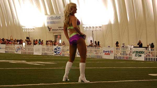 Images from the first round of Houston Texans Cheerleader tryouts, April 10, 2009