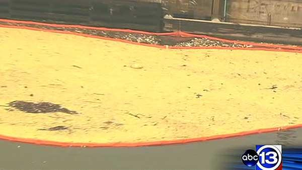 Crews hope to finish fat spill cleanup today