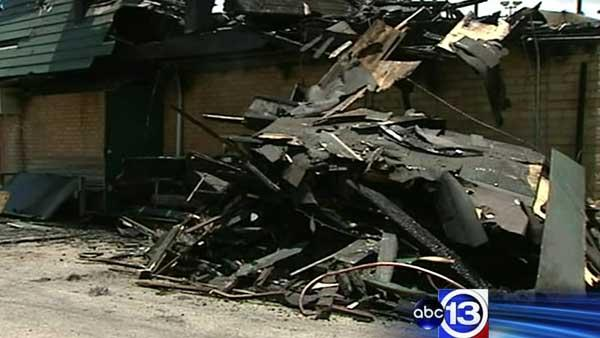 Fire destroys youth sports league field house