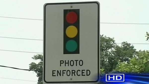 Mayor Parker pushing to turn red light cams off